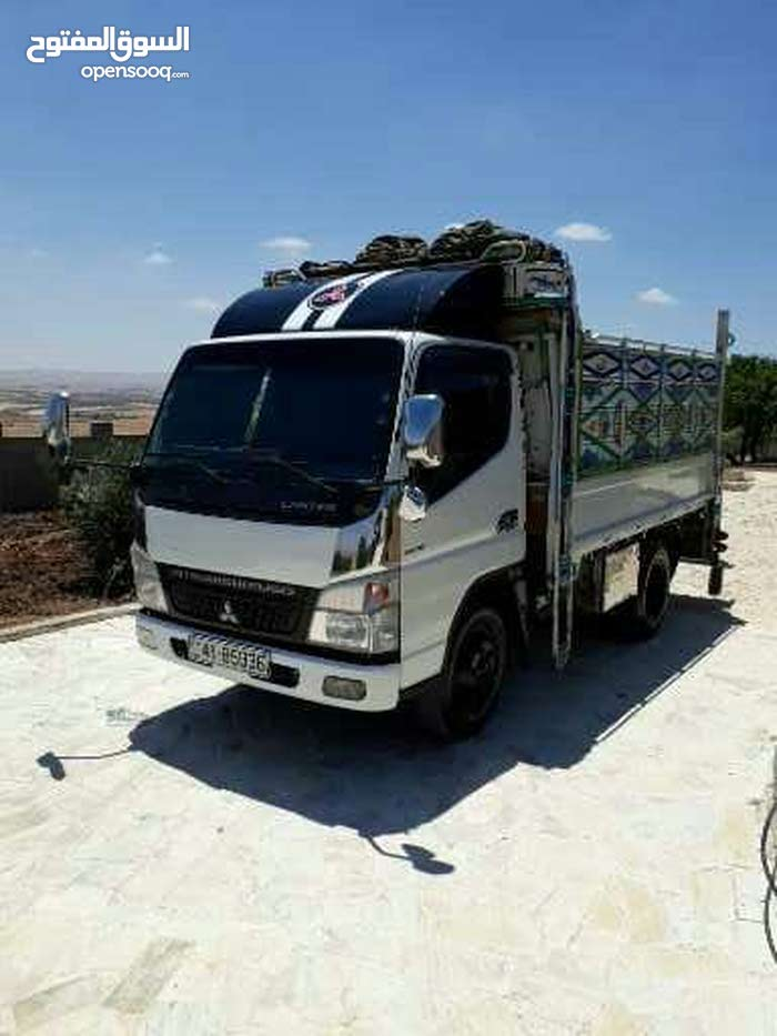 Used  2005 Fuso Canter