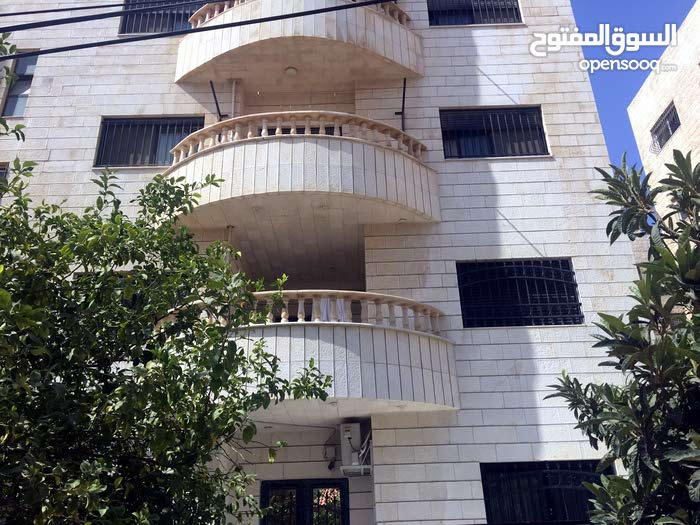 Daheit Al Rasheed apartment for rent with 3 rooms