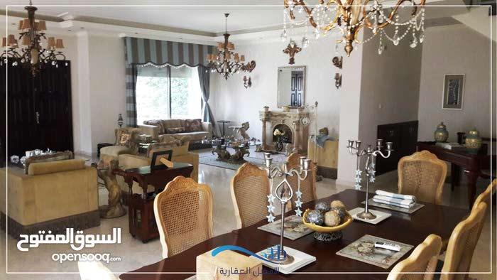 Villa in Amman Dabouq for sale