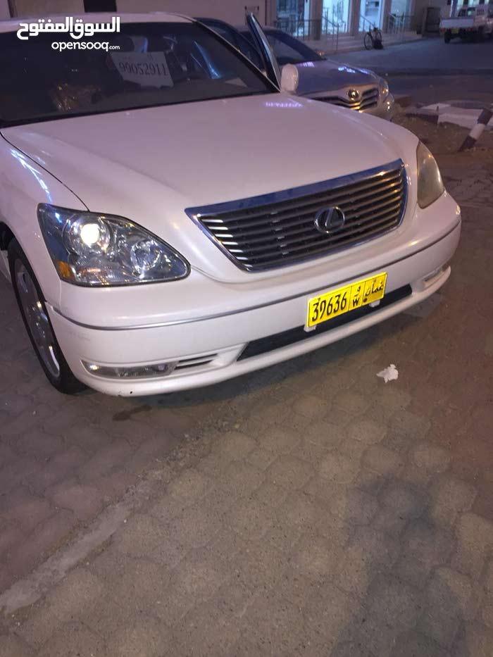 White Lexus LX 2004 for sale