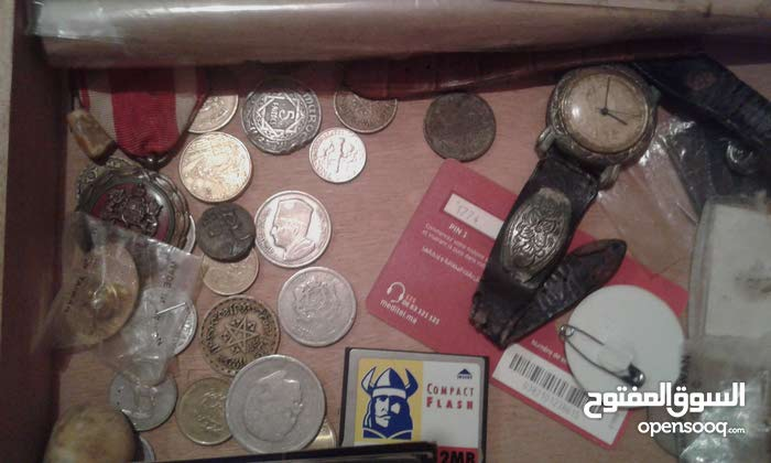 نقود+كتب   نادر   وأشياء جميلة ....تحف