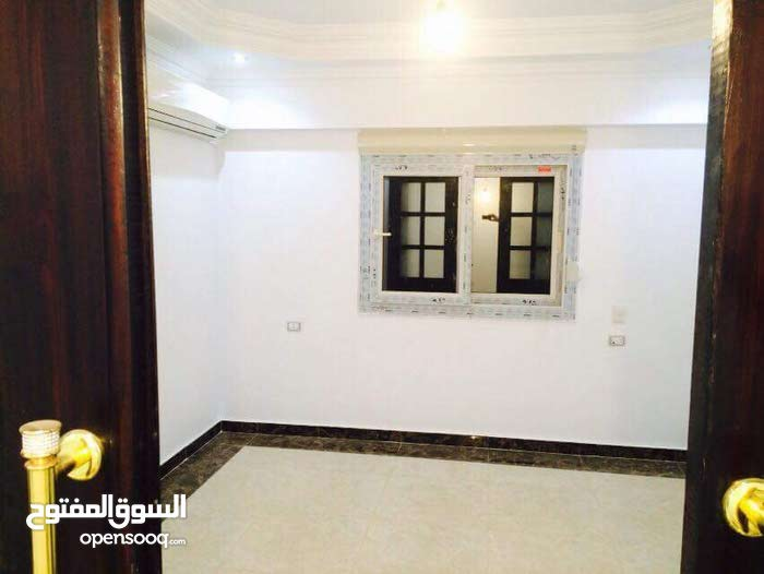 an apartment for sale in Cairo Ma'sara