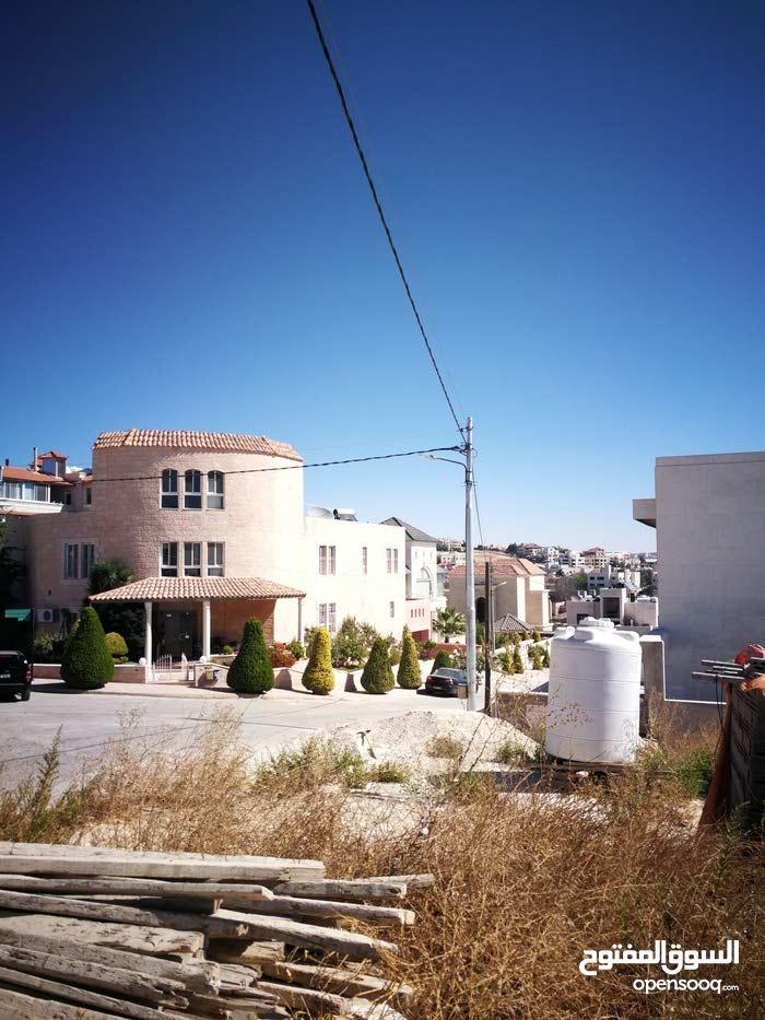ارض للبيع في دابوق المنش خلف المواصفات والمقاييس موقع مميز0797720567