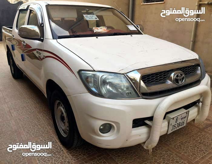 Toyota Hilux car for sale 2010 in Misrata city