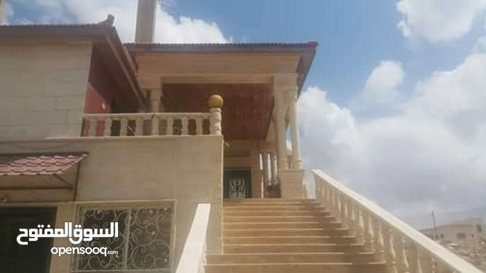 More rooms  Villa for sale in Irbid city Eidoon Military Hospital