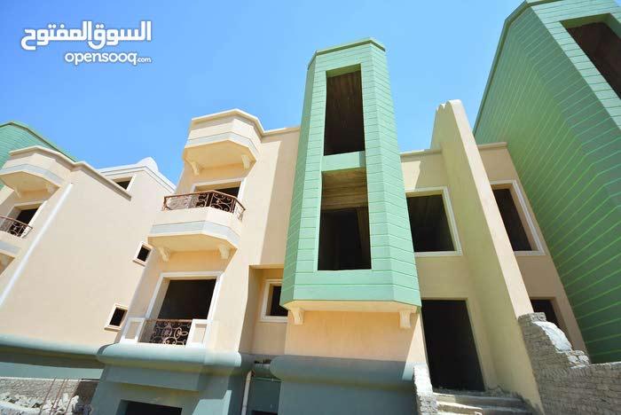 شركة البارون فيلا داخل كمبوند بالقاهرة الجديدة