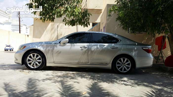1 - 9,999 km Lexus LS 2007 for sale
