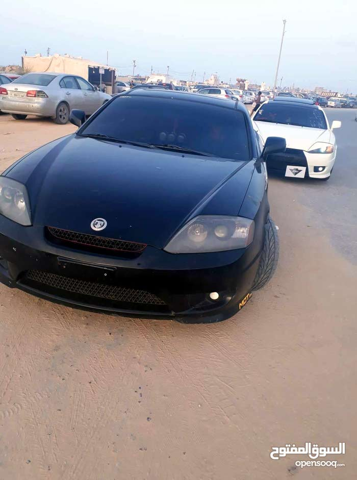 Hyundai Tuscani 2009 For sale - Black color