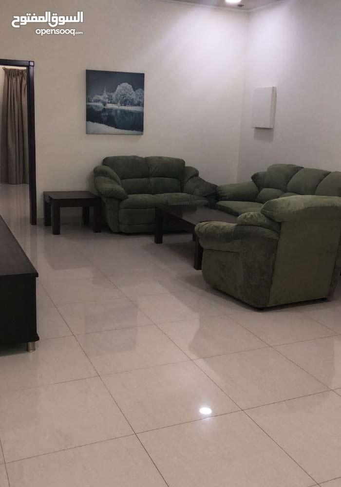 شقة مفروشة للإيجار في البسيتين-Furnished flat for rent in Busaiteen