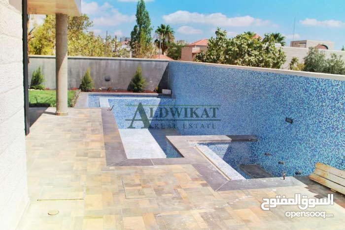 More rooms  Villa for sale in Amman city Khalda