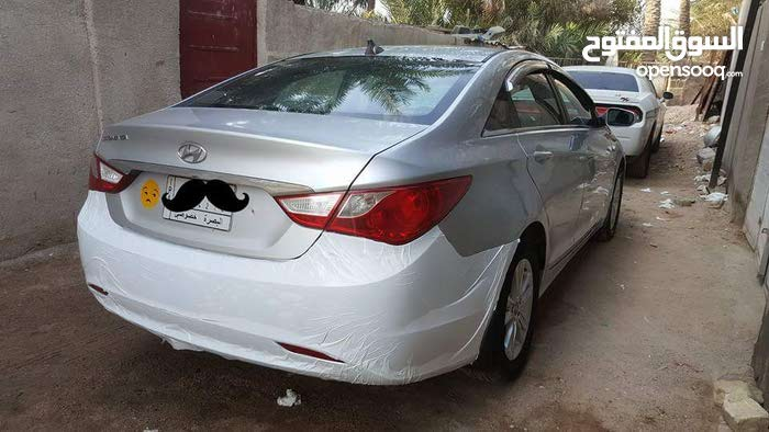 Silver Hyundai Sonata 2011 for sale