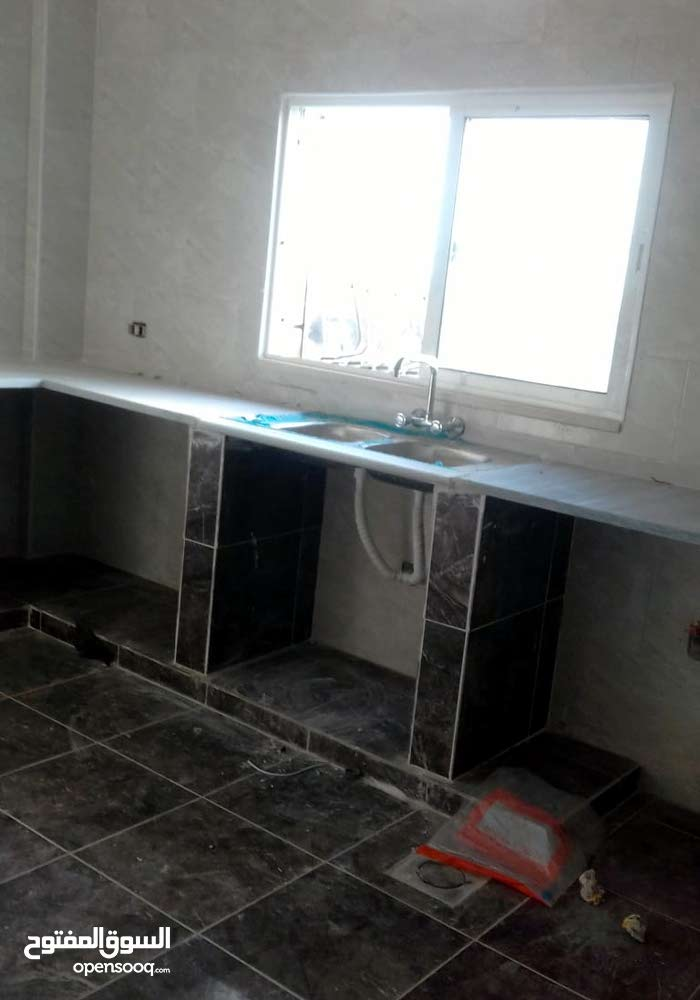 Second Floor  apartment for rent with 3 rooms - Sahab city