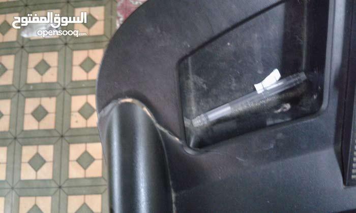 جهاز شغال بس القاعدة الفوز مكسورة بس شغال سرعة 120