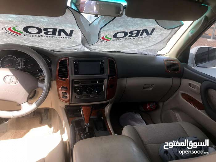 لاندكلوزر V6خليجي وكالة عمان