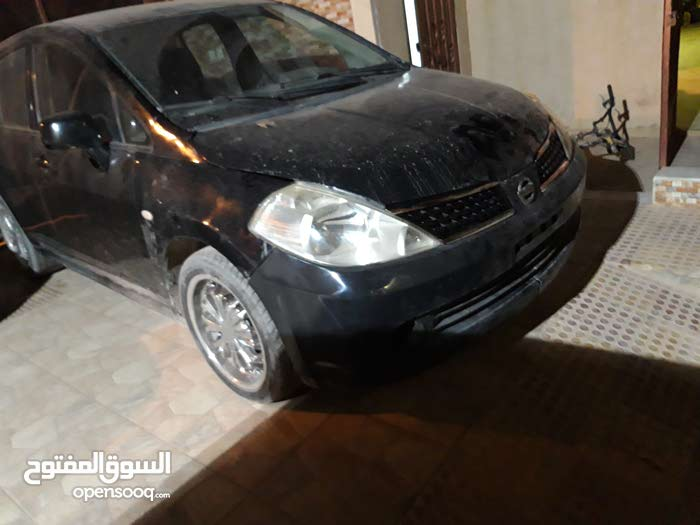 Nissan Versa 2007 - Benghazi