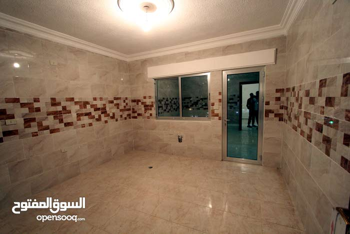 Al Gardens neighborhood Amman city - 180 sqm apartment for sale