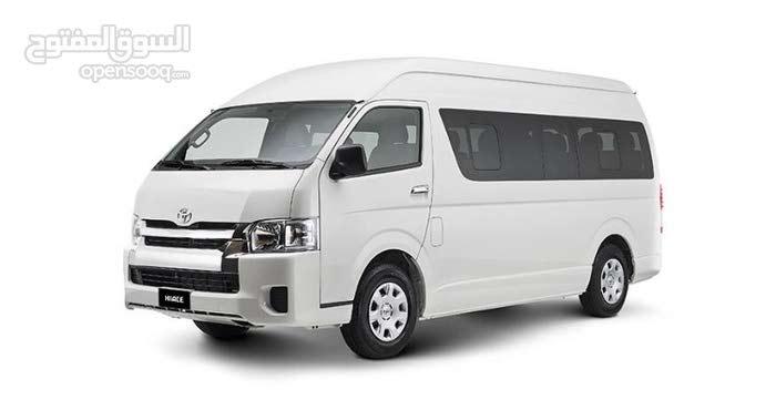 للإيجار باصات تويوتا 14 راكب 97161193