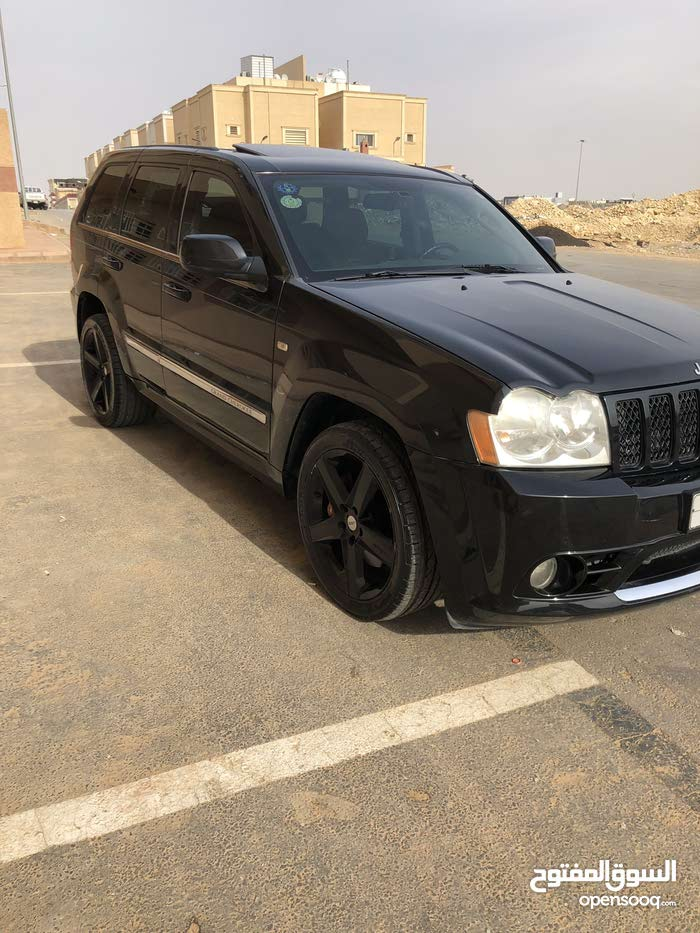 New condition Jeep Grand Cherokee 2006 with +200,000 km mileage
