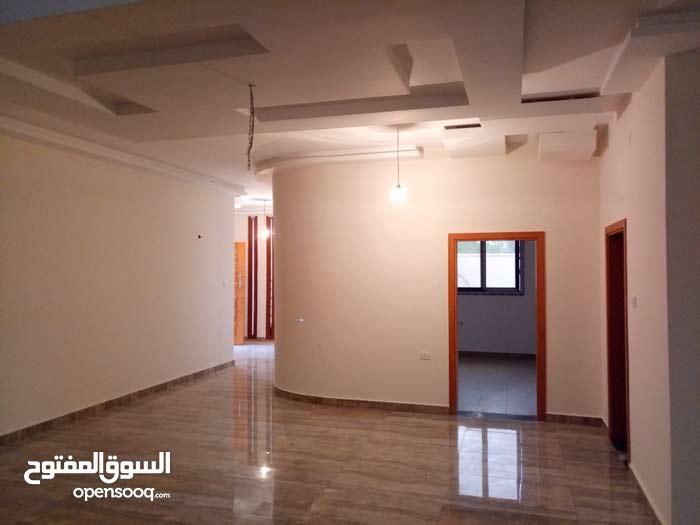 More rooms 4 bathrooms Villa for sale in Tripoli