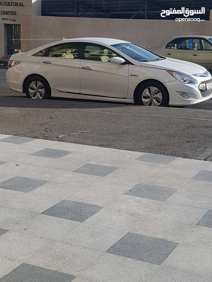 Hyundai Sonata car for sale 2015 in Amman city