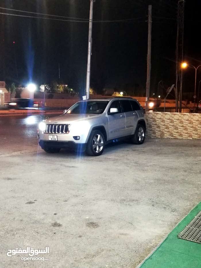 For sale Jeep Grand Cherokee car in Amman