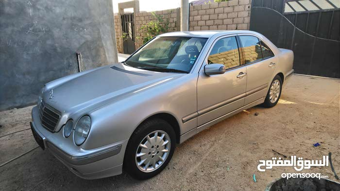 Grey Mercedes Benz E 240 2002 for sale