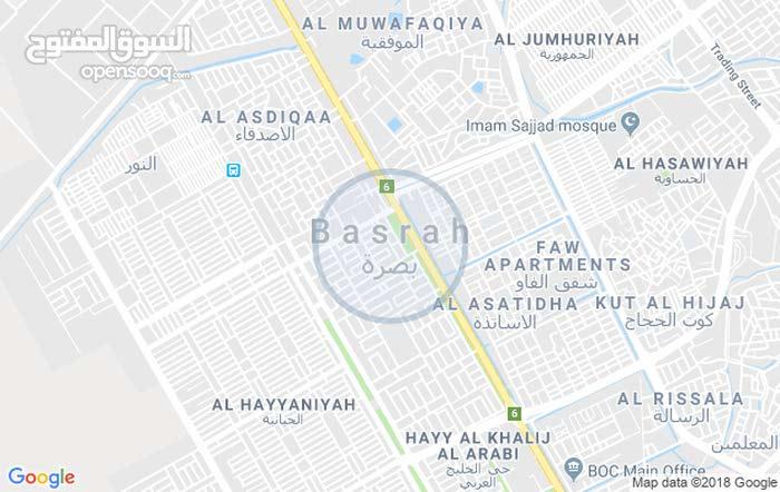 عقار 150 م في حي الحسين