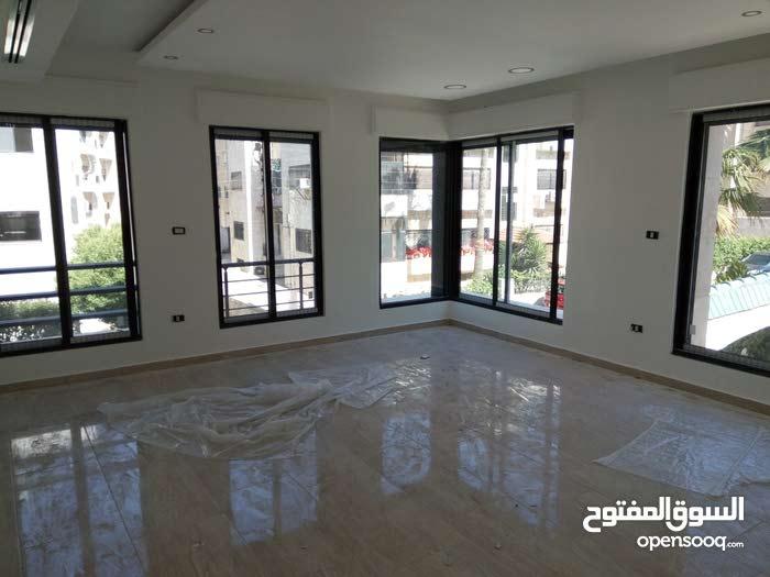 Um Uthaiena neighborhood Amman city - 270 sqm apartment for sale