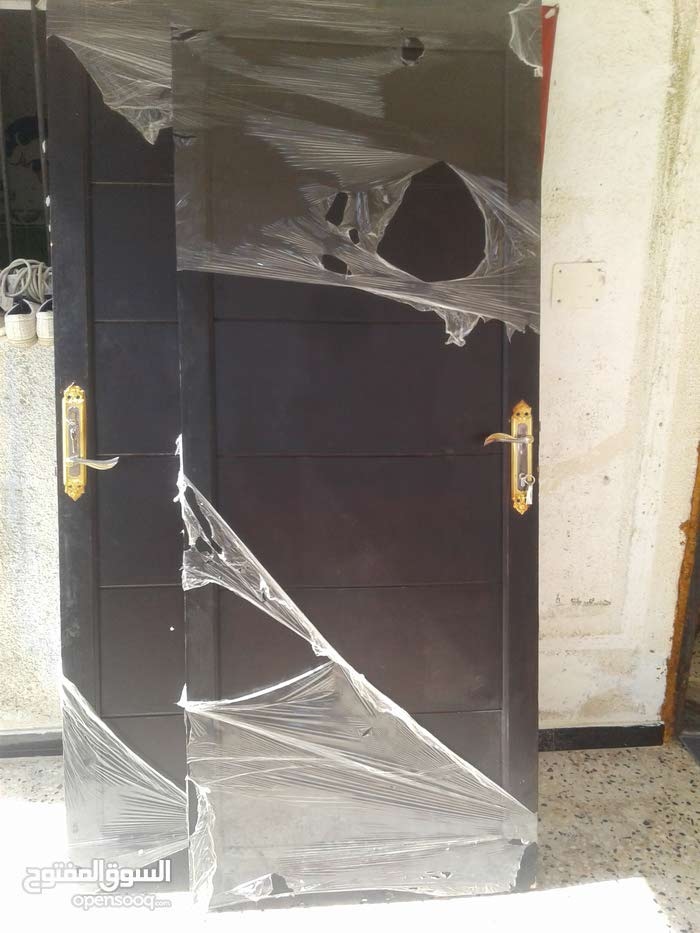 Available for sale in Tripoli - Used Doors - Tiles - Floors