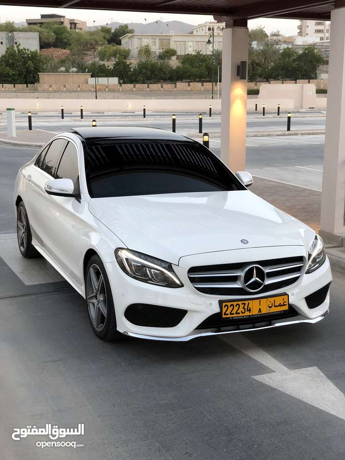 White Mercedes Benz C 200 2015 for sale