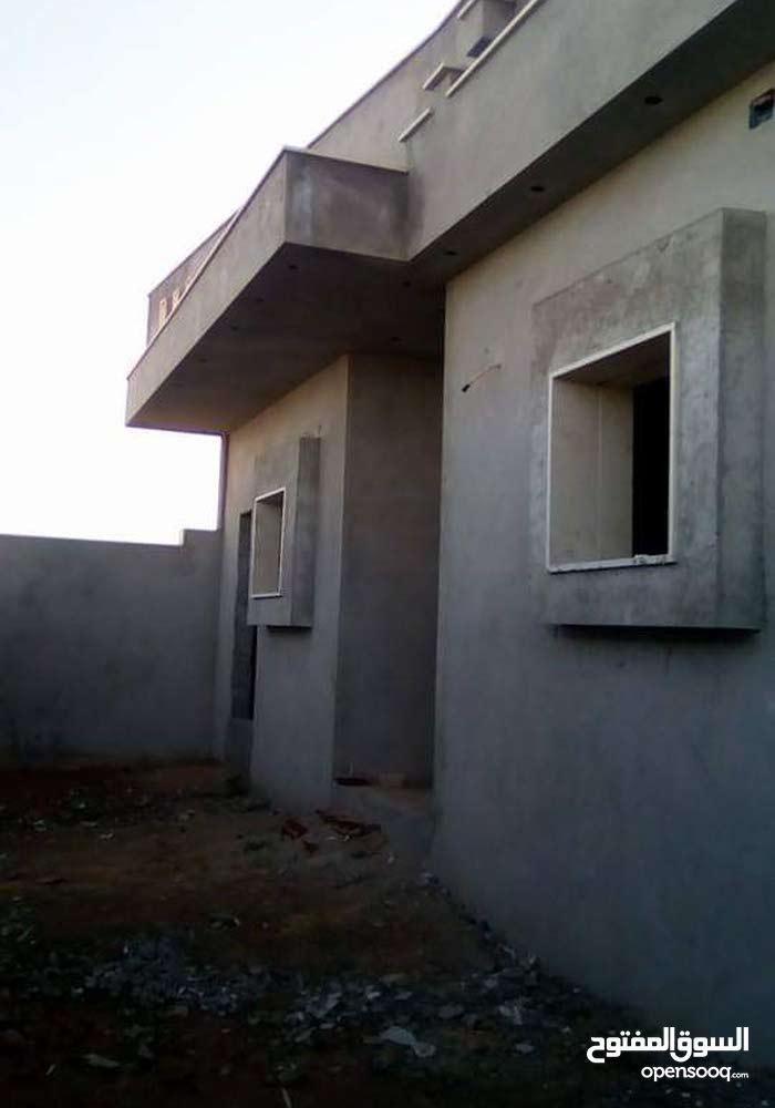 منزل  في خلة فارس بعد موسي كوسه  ارض 400مسقوف 240  للستفسار اتصل علي 0911123380