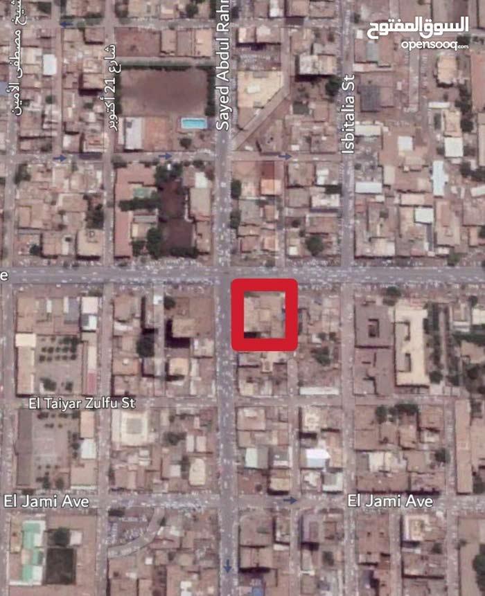 للبيع قطعتي أرض بتقاطع شارعي القصر مع السيد عبدالرحمن