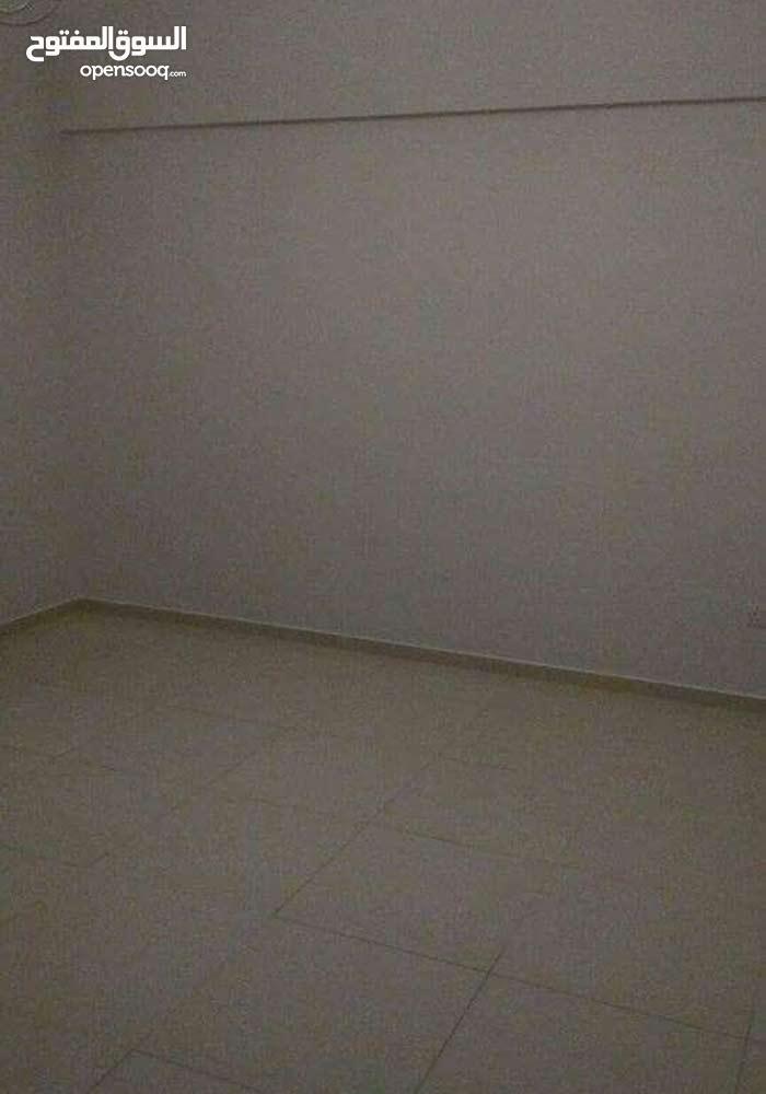 شقةنصف مفروشة للإيجار في الحد- Semi furnished flat for rent in Hidd
