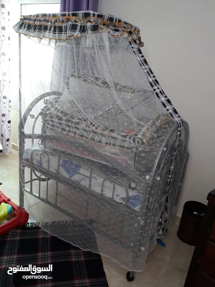 Used Bedrooms - Beds available for sale in Irbid