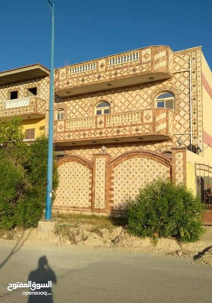 منزل للبيع ببرج العرب الجديدة 245متر على الرئيسى