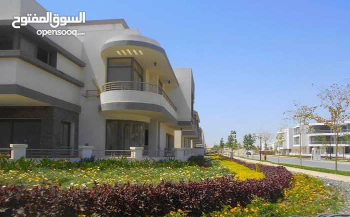 Twin house للبيع327 م بكمبوند تاج سيتى القاهرة الجديدة بأقل مقدم