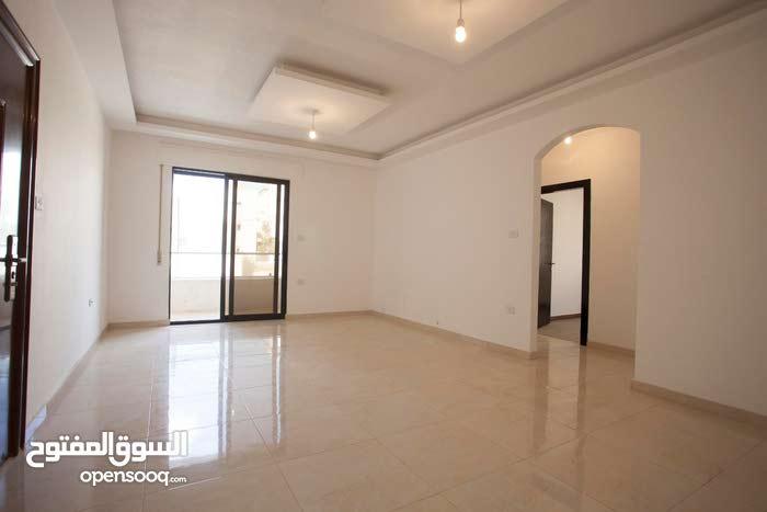 شقة 120م في حي المنصور الراقي بالقرب من شارع الاردن