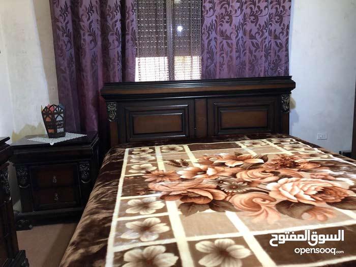 غرفة نوم كبيرة مع فرشة خشب صولد, ،solid wood king size bedroom d,