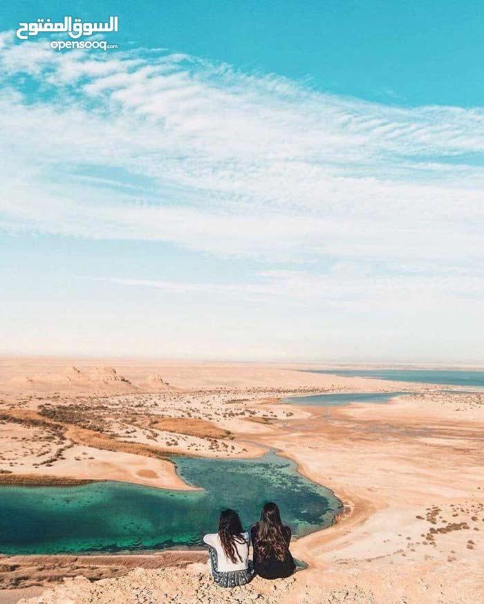 ارض مميزه امام بحيرة قارون في الفيوم باقل سعر للفدان ومبني عليها 3فلل ومسجله  في الشهر العقاري