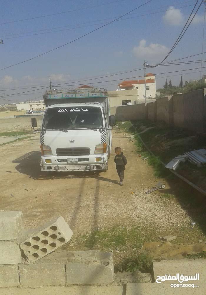 Used Hyundai Mighty in Mafraq