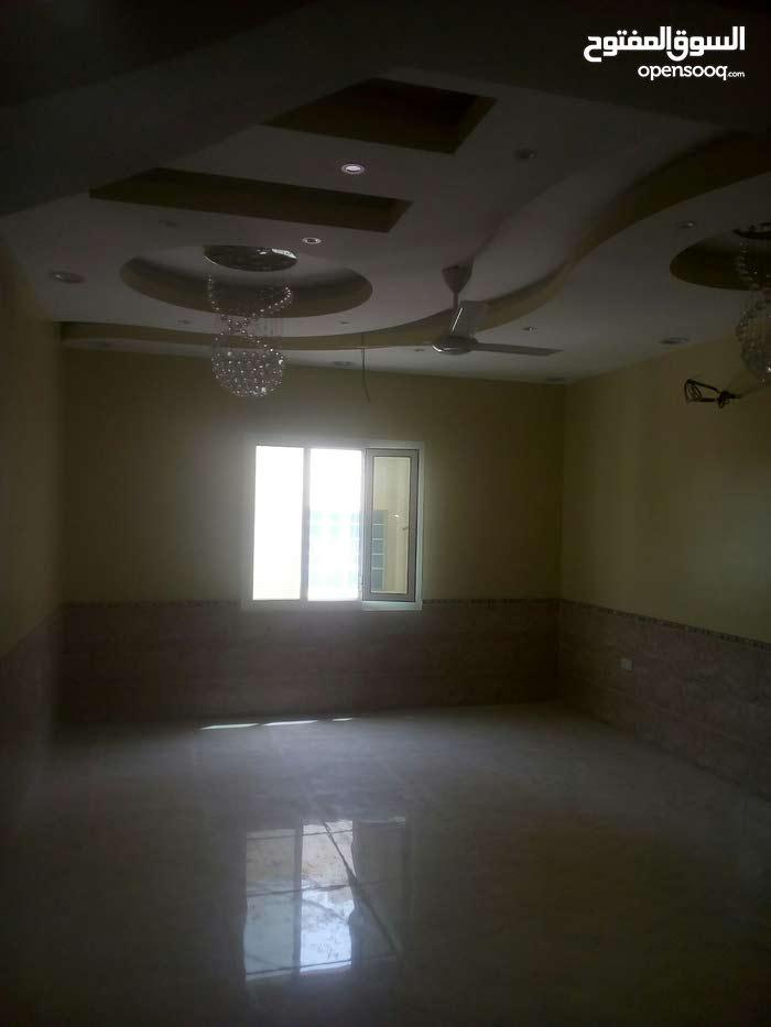 منزل للايجار طابق الثاني يتكون من 4 غرف وصالة ومجلس ومطبخ