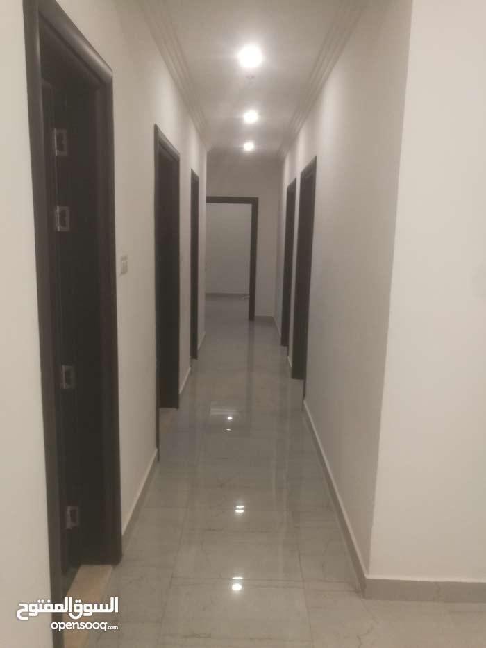 Fifth Floor  apartment for rent with 3 rooms - Mubarak Al-Kabeer city Sabah Al-Salem