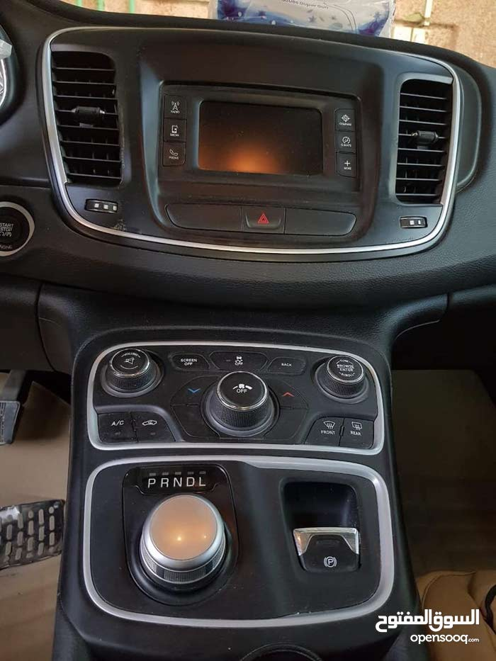 Used condition Chrysler 200 2016 with 50,000 - 59,999 km mileage