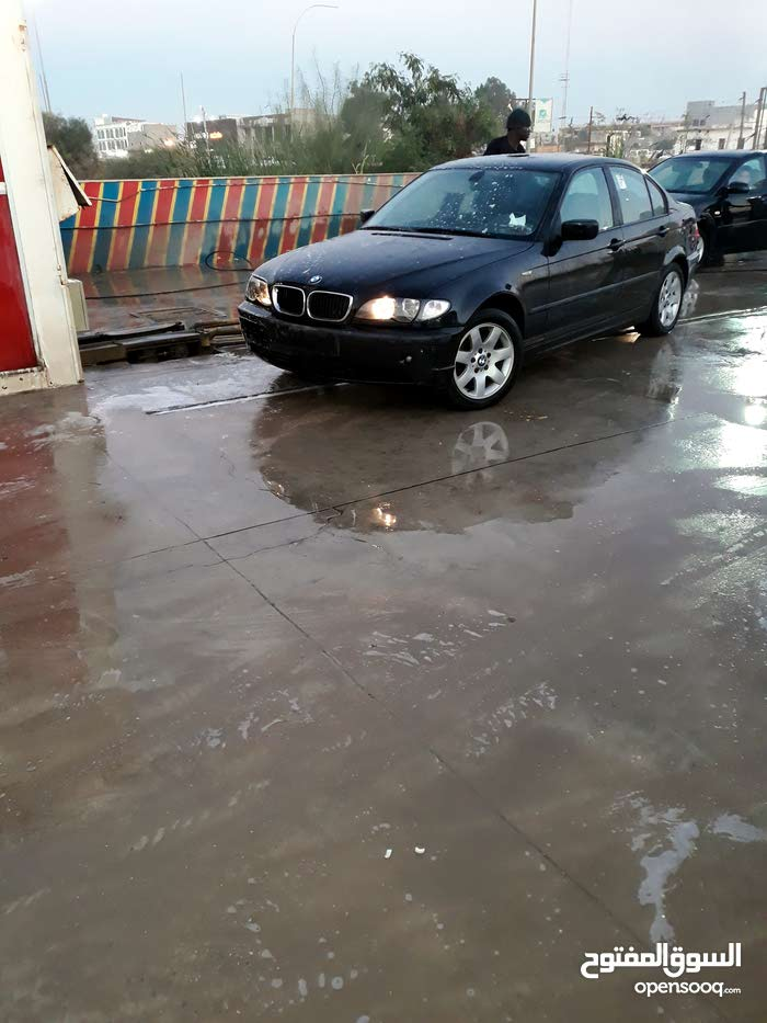 BMW 318 made in 2004 for sale