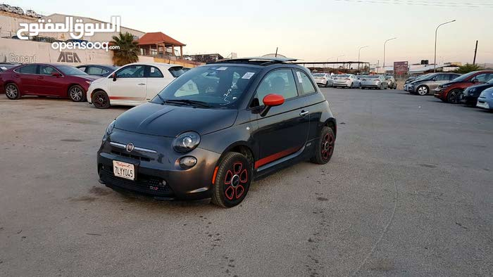 Used condition Fiat 500e 2015 with 10,000 - 19,999 km mileage