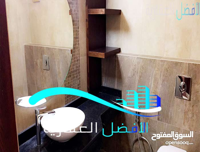 Khalda neighborhood Amman city - 650 sqm house for sale