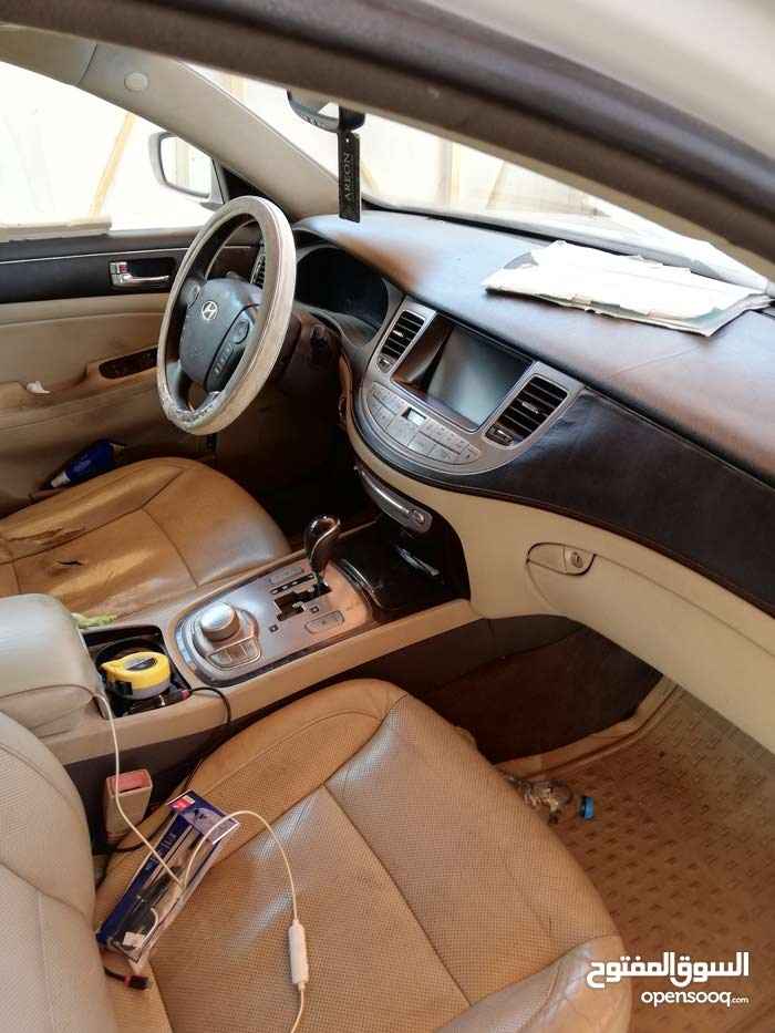 For sale Hyundai Genesis car in Baghdad