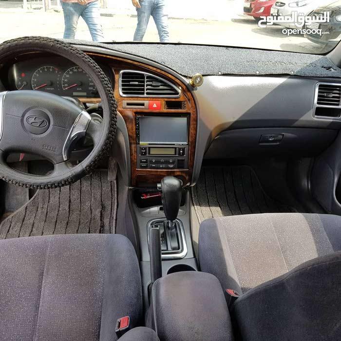Hyundai Avante 2001 - Automatic