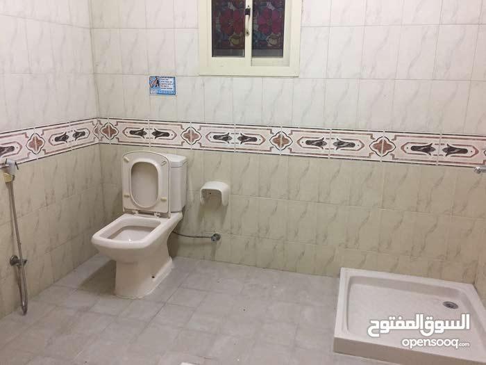 شقه كبيره للايجار في مدينة حمد