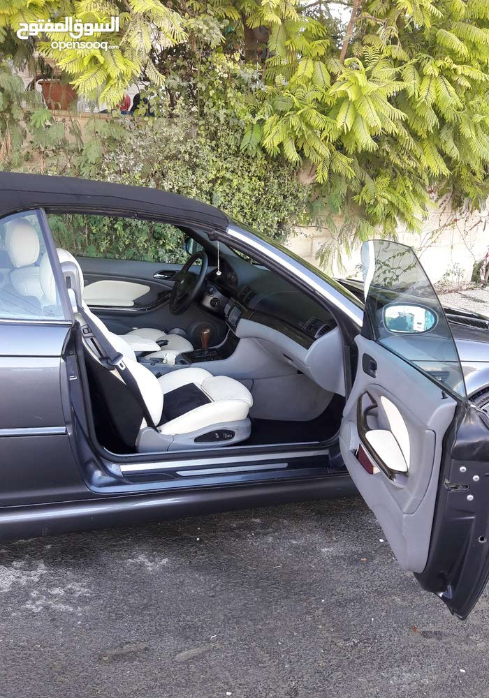 BMW 325 car for sale 2001 in Amman city
